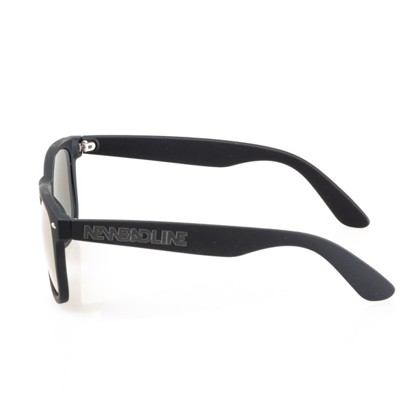 pol_pl_OKULARY-CLASSIC-BLACK-RUBBER-RED-MIRROR-20-203-2738_3